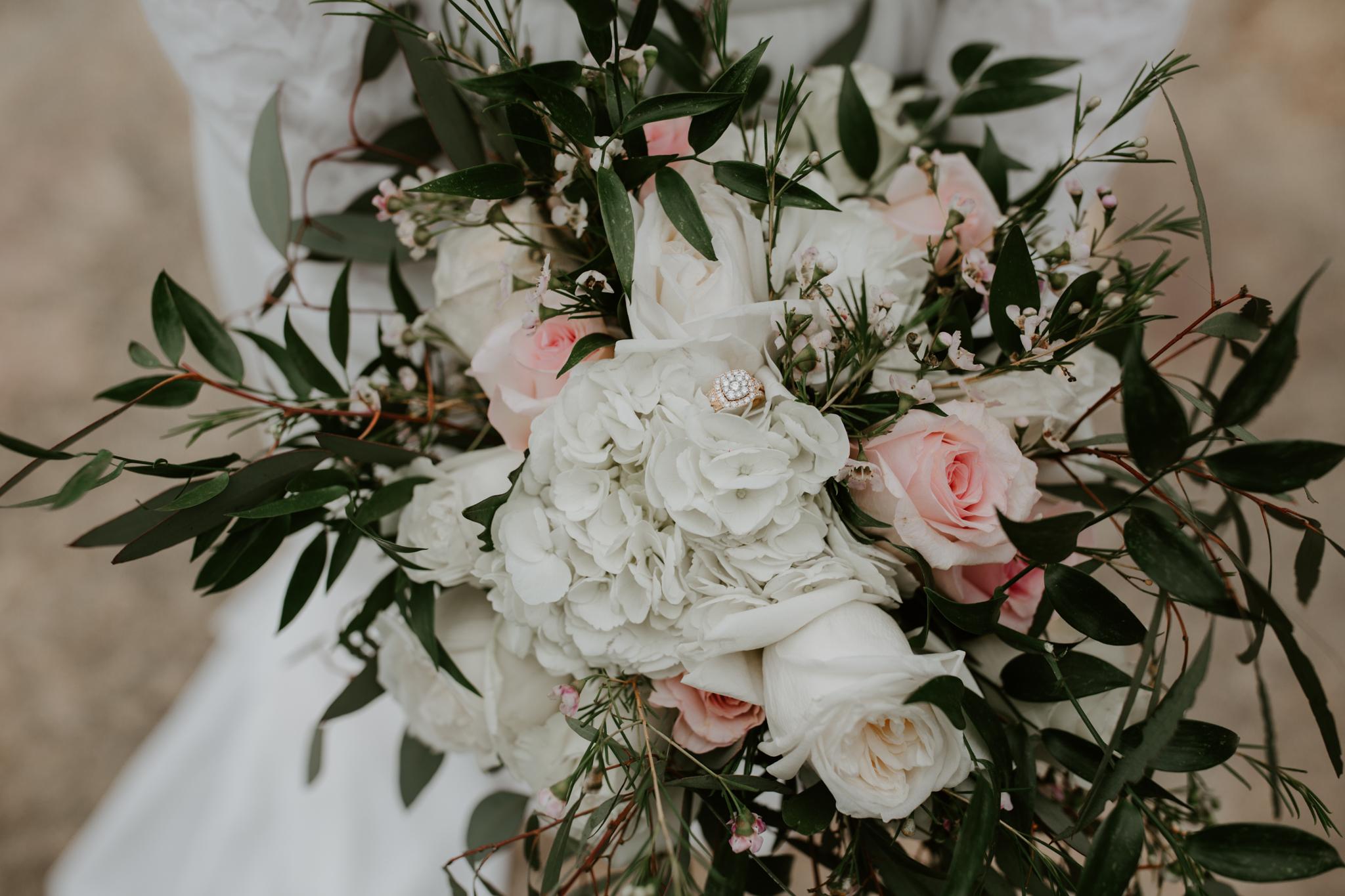 Lacey-Joe-Chattanooga-Nashville-Tennessee-Wedding-Elopement-Photographer-27.jpg