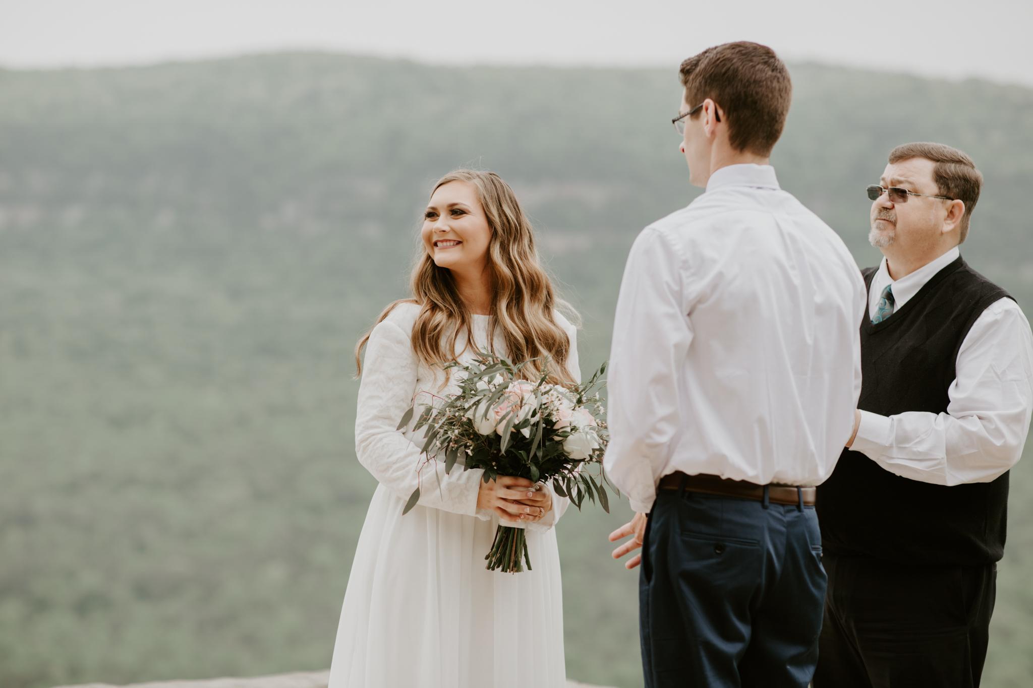 Lacey-Joe-Chattanooga-Nashville-Tennessee-Wedding-Elopement-Photographer-72.jpg