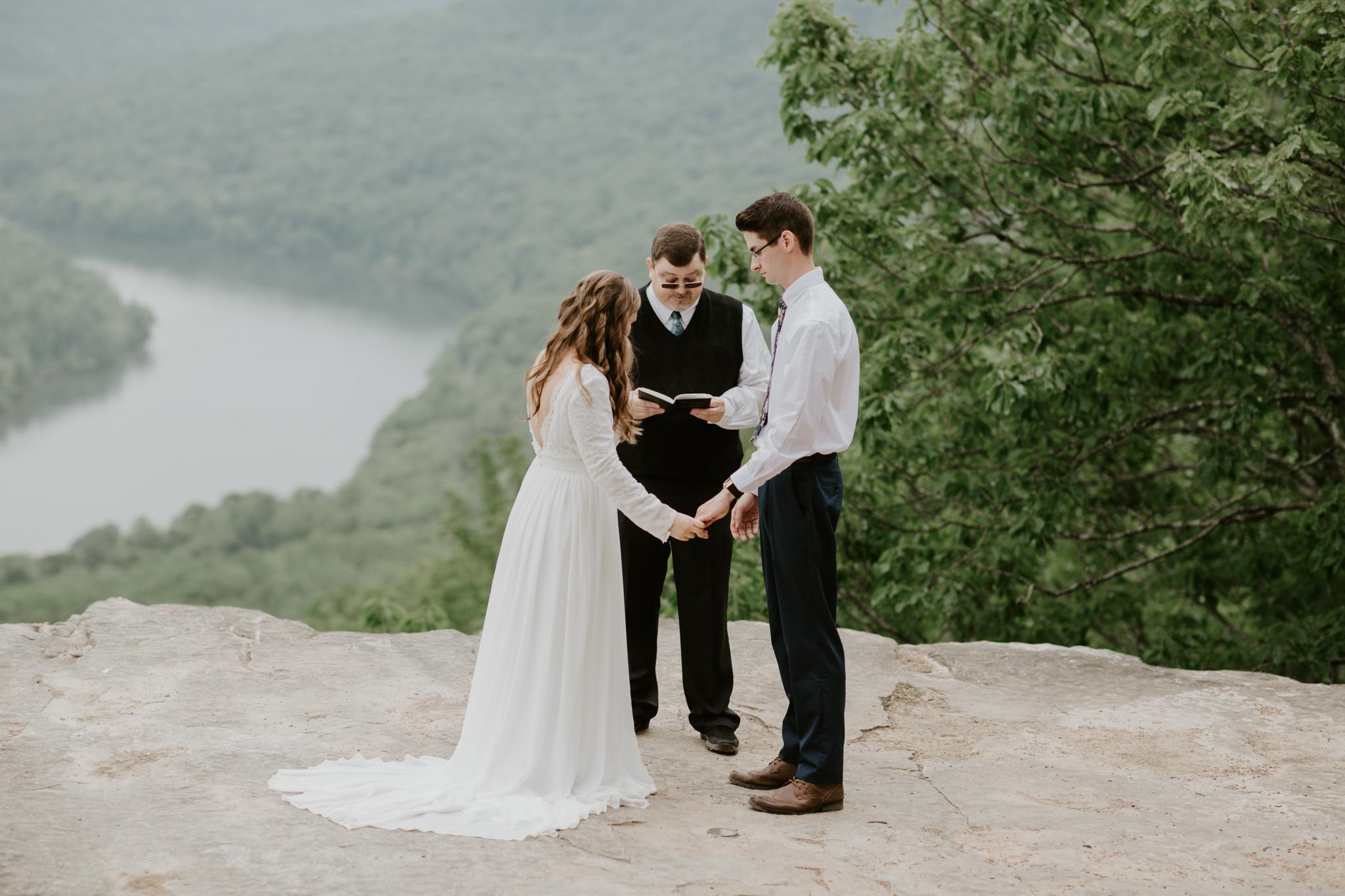 Lacey-Joe-Chattanooga-Nashville-Tennessee-Wedding-Elopement-Photographer-78.jpg