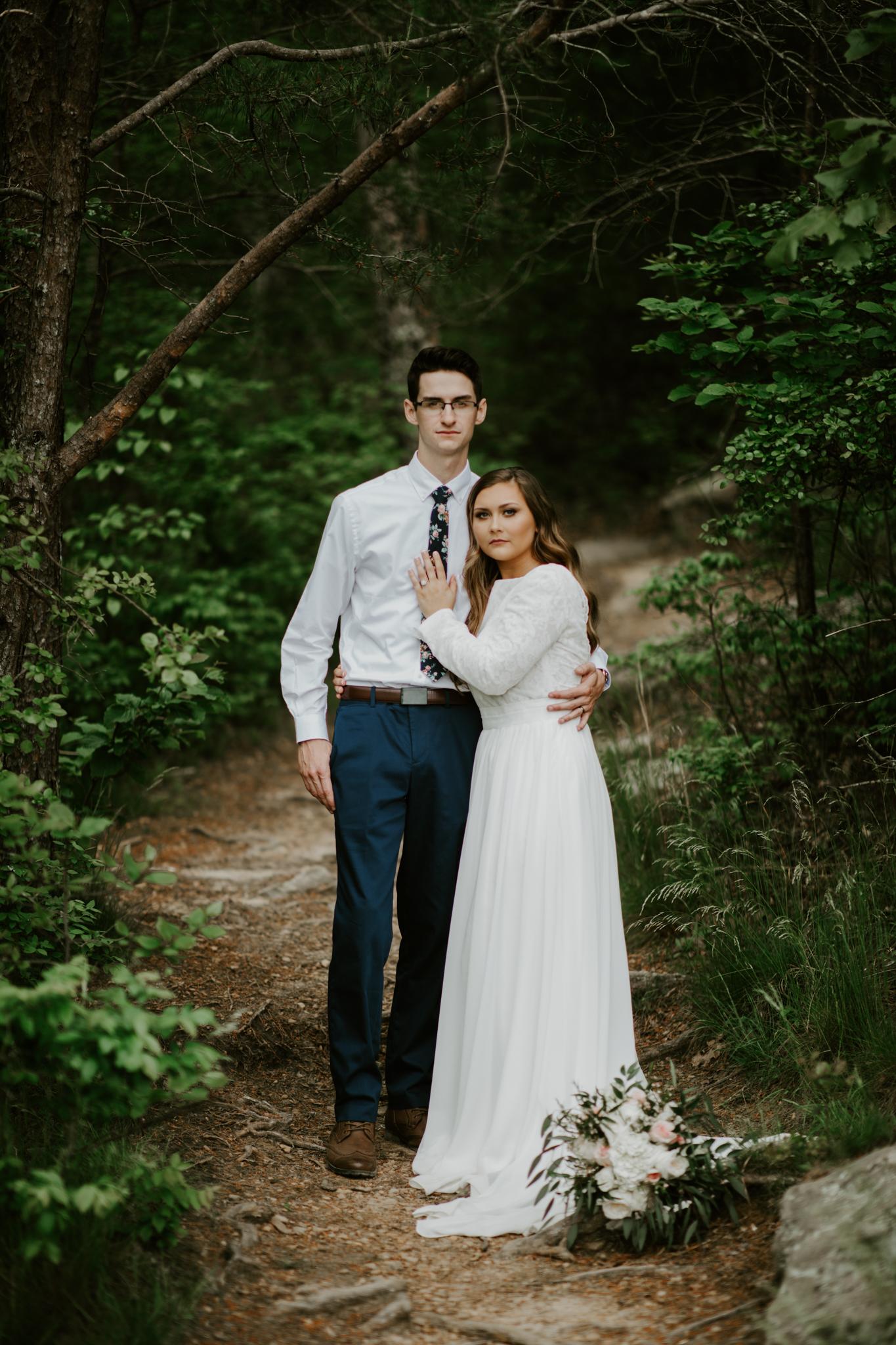 Lacey-Joe-Chattanooga-Nashville-Tennessee-Wedding-Elopement-Photographer-139.jpg