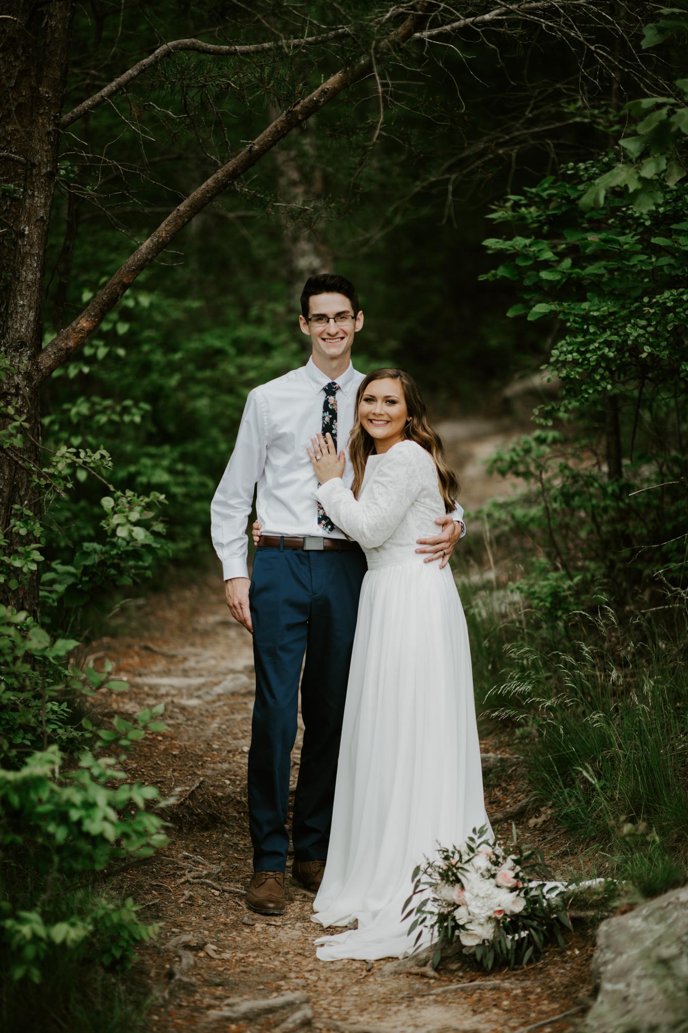 Lacey-Joe-Chattanooga-Nashville-Tennessee-Wedding-Elopement-Photographer-142.jpg