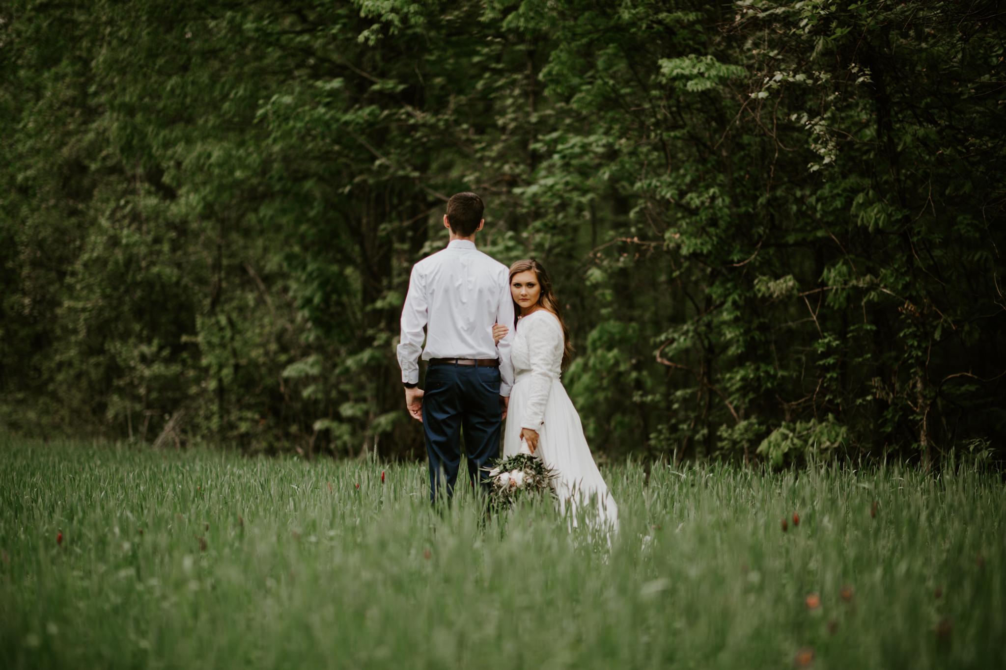 Lacey-Joe-Chattanooga-Nashville-Tennessee-Wedding-Elopement-Photographer-174.jpg