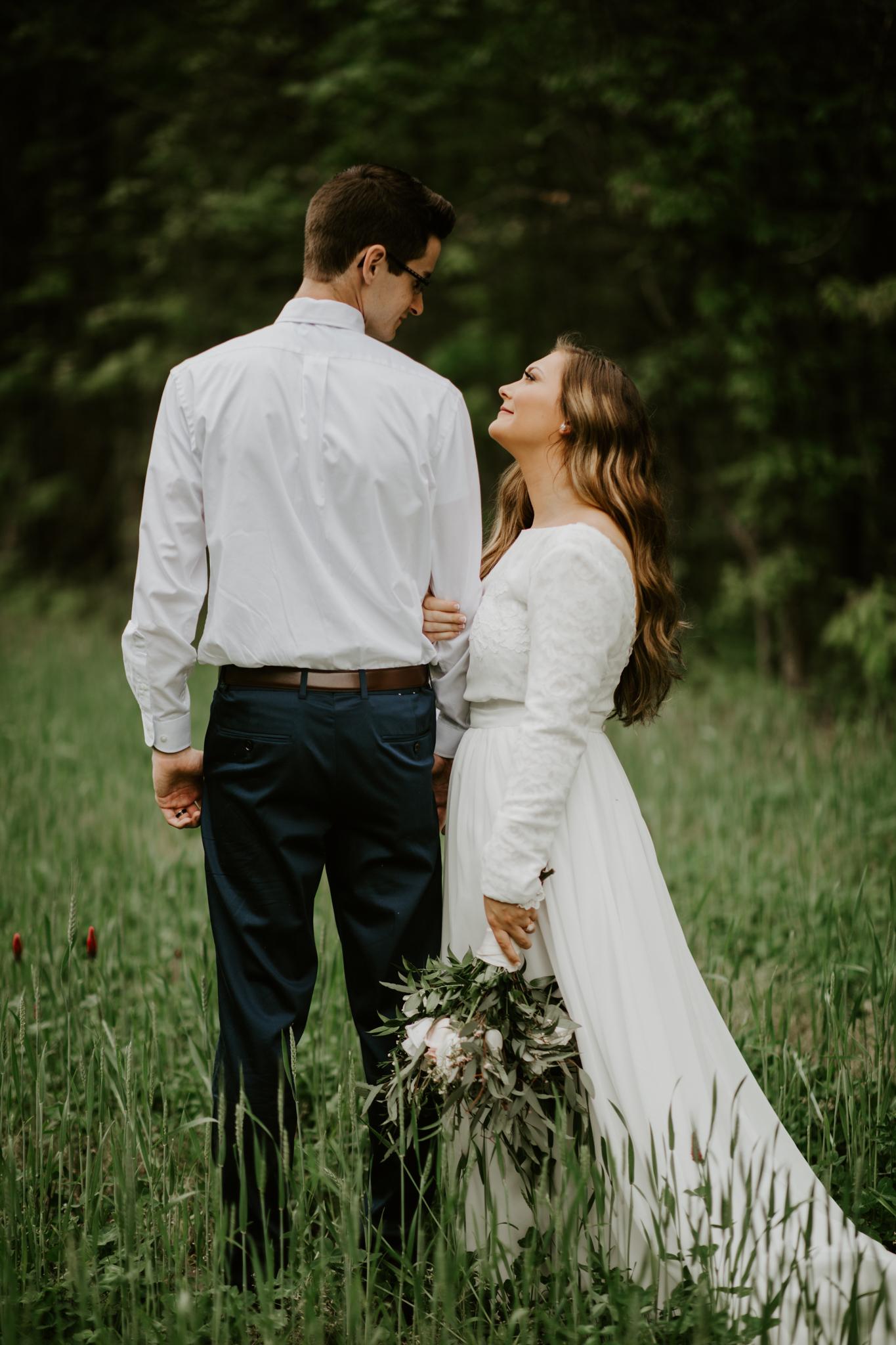 Lacey-Joe-Chattanooga-Nashville-Tennessee-Wedding-Elopement-Photographer-177.jpg