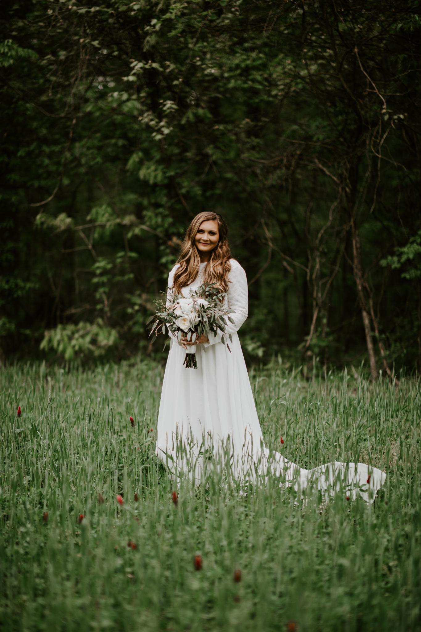 Lacey-Joe-Chattanooga-Nashville-Tennessee-Wedding-Elopement-Photographer-182.jpg
