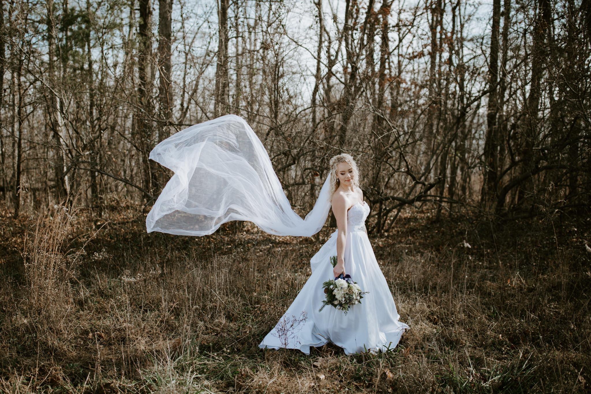 Lauren-and-Trent-Chattanooga-Nashville-Wedding-Elopement-Photographer-31.jpg