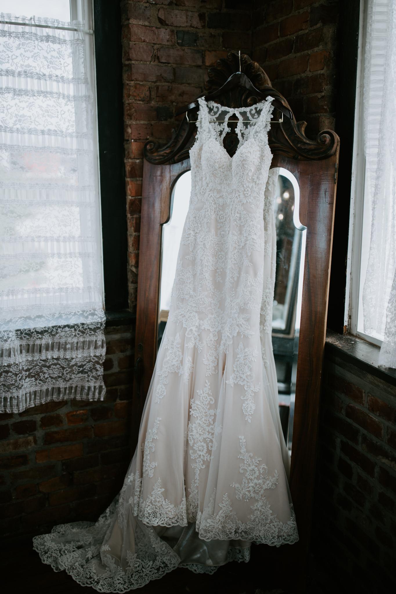 Kayley + Robert + Chattanooga + Nashville + Tennessee + Wedding -4.jpg