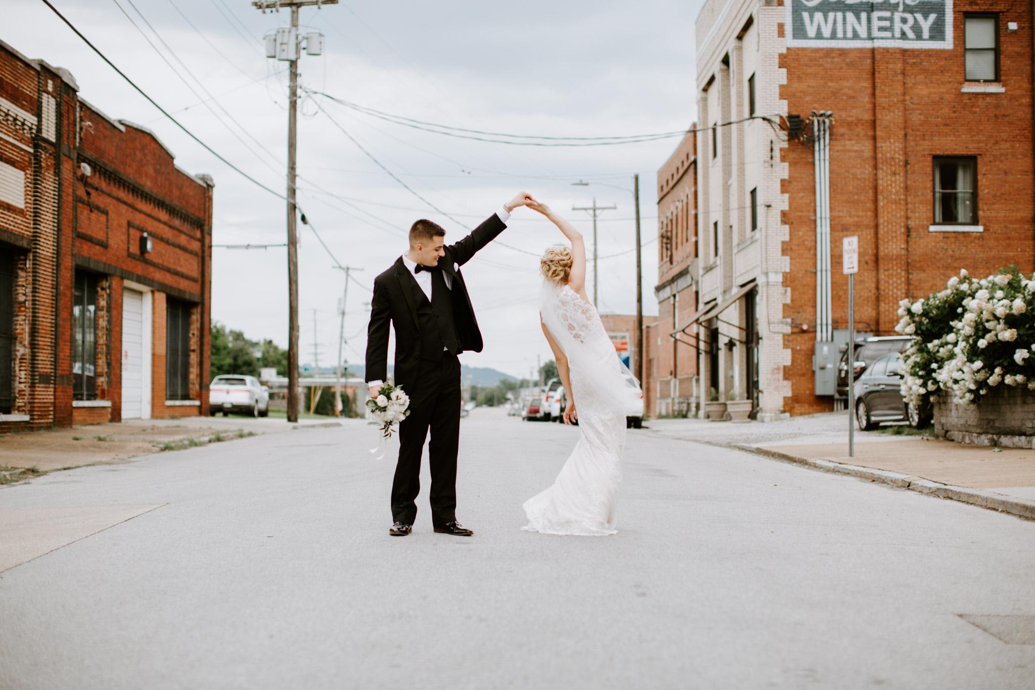 Kayley + Robert + Chattanooga + Nashville + Tennessee + Wedding-71.jpg