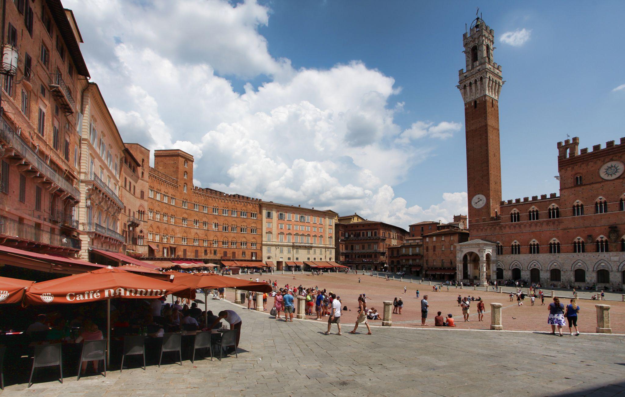 Piazza Il Campo in Italy