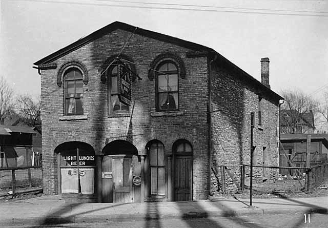The Nogly Bar at 425 Marshall Street NE in 1948 (no longer standing) (photo courtesy of the Minnesota Historical Society)