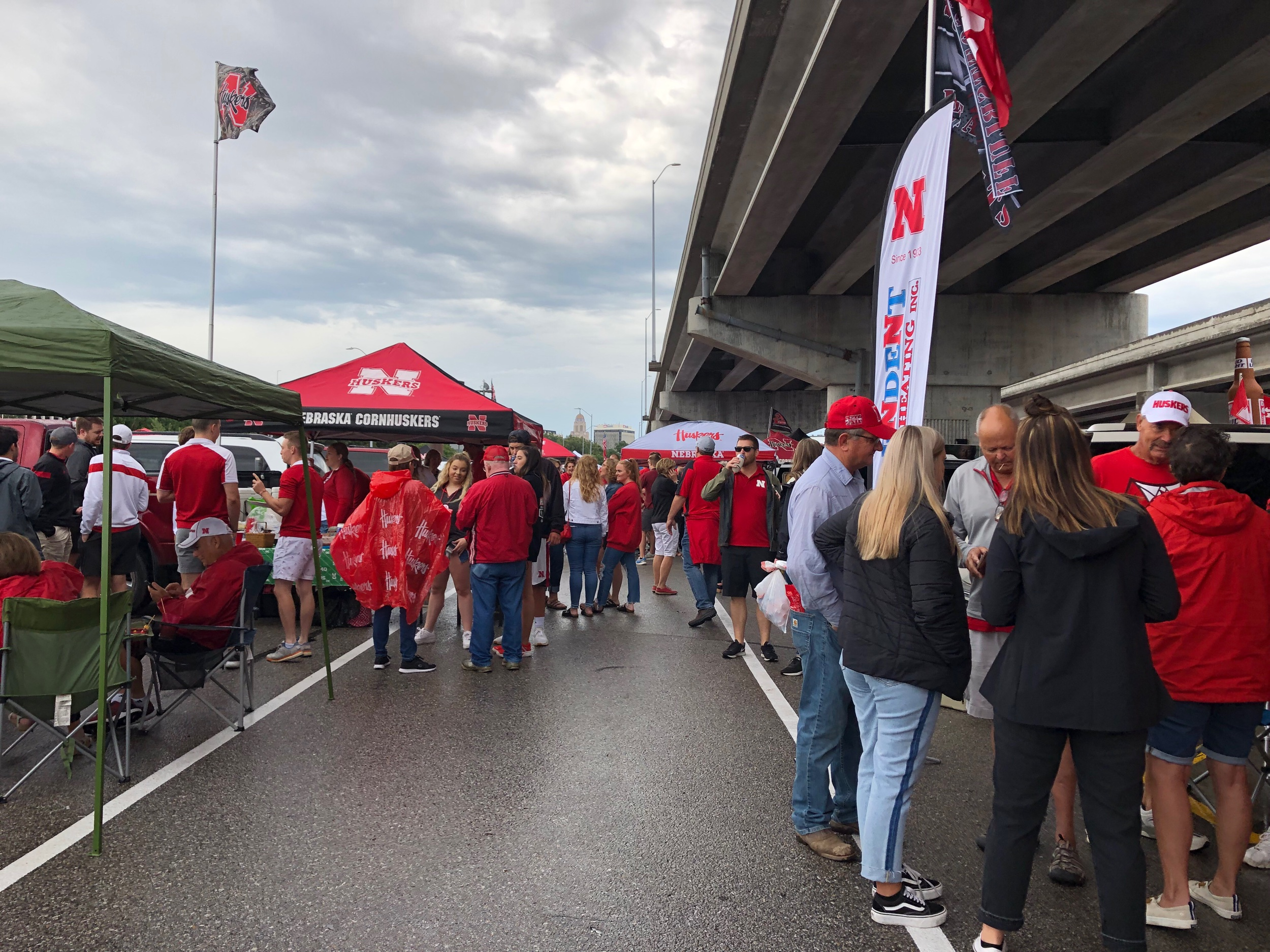 The rainy start of the first Husker tailgate in 2019