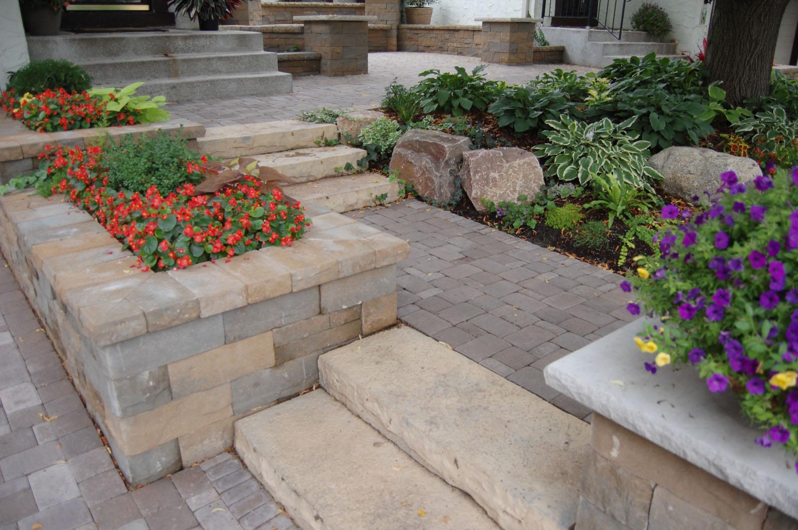 Steps-and-Planters-Edina.jpg