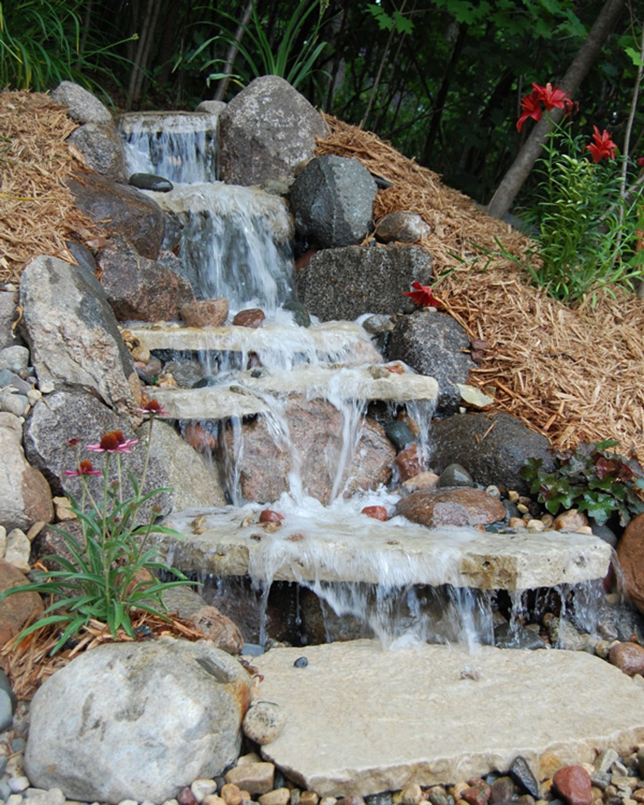 Pondless-Waterfall-Lake-Minnetonka.jpg