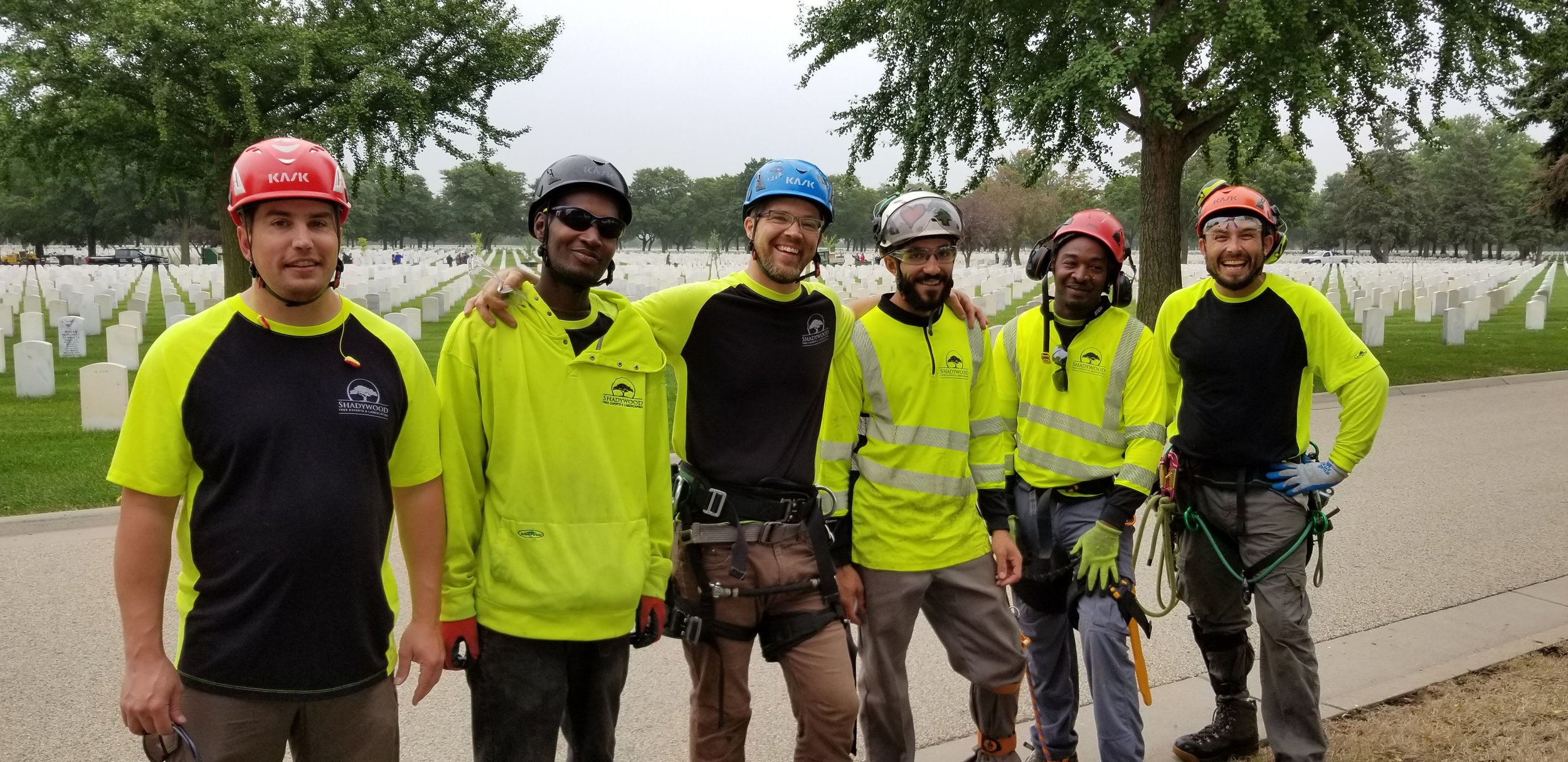 Shadywood crew volunteering at Fort Snelling National Cemetery for Saluting Branches