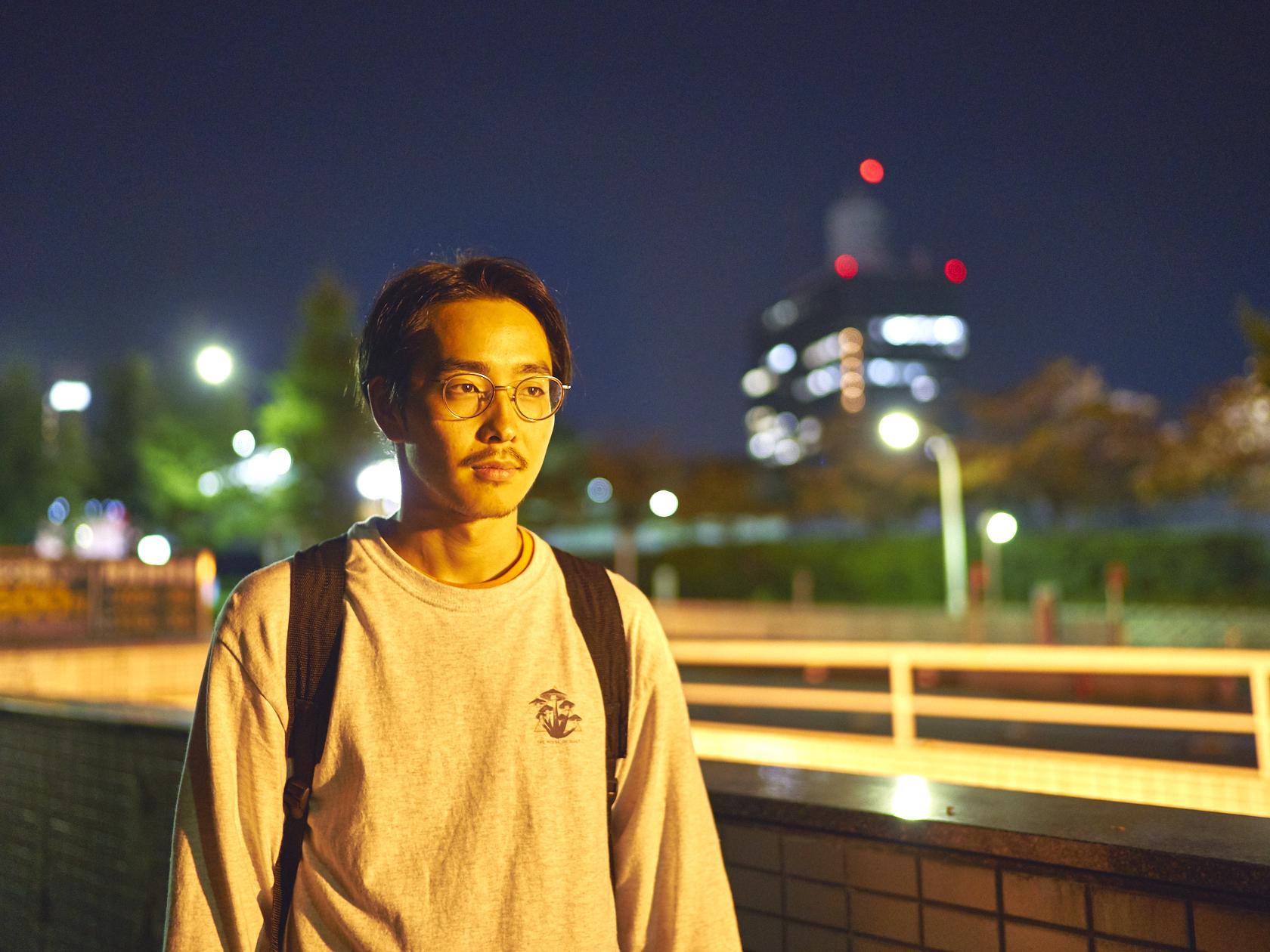 HAKASE - Diaspora Skateboardsの創立メンバー。長野県出身。現在は拠点を東京に移しDiaspora Skateboardsとして活動中。渋谷区・神南にあるMORTARのショップスタッフでもある。オフィシャルサイトhttp://diasporaskateboards.com/Instagram/ Twitter