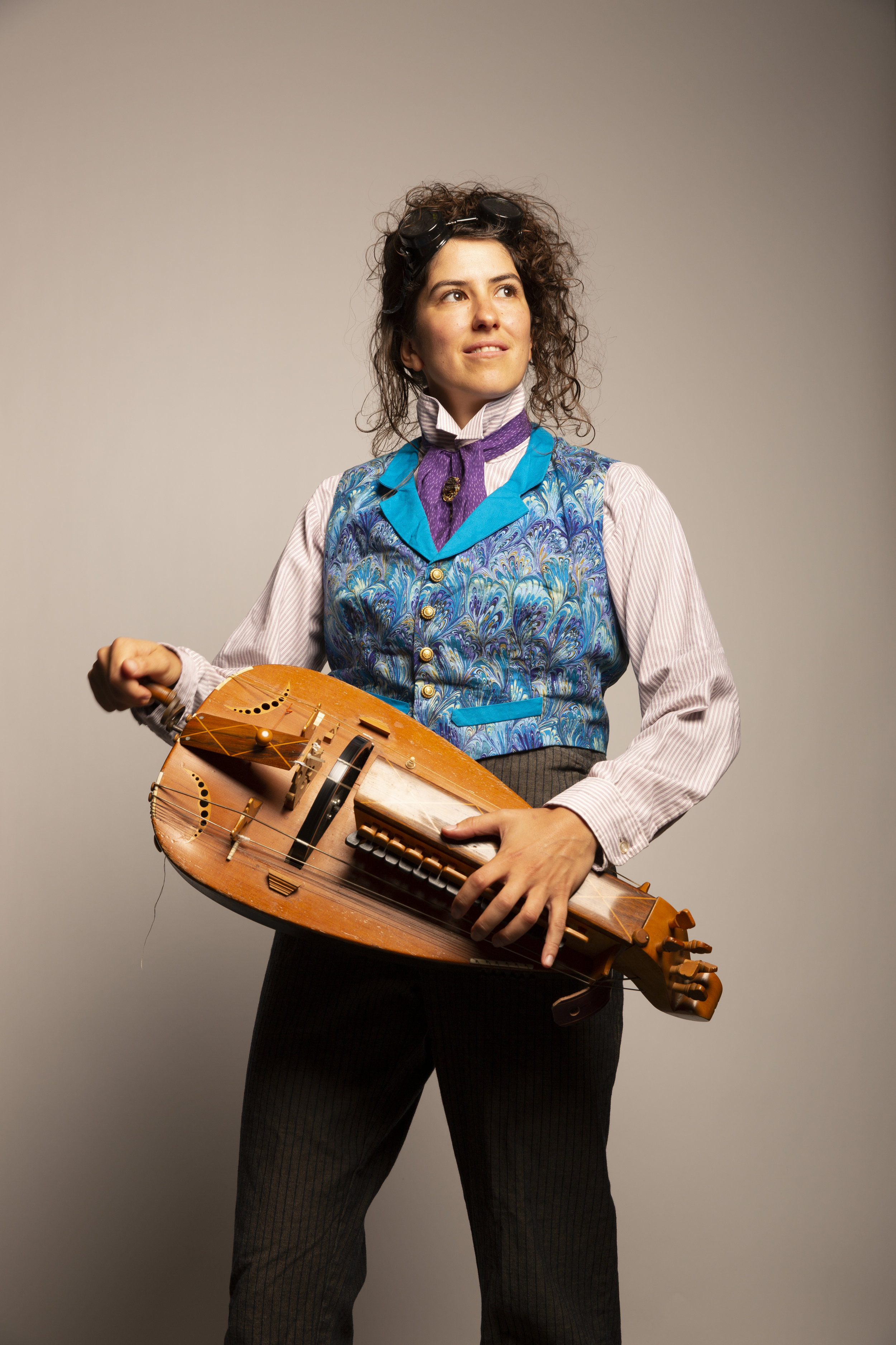 Here Eleonore is playing the hurdy-gurdy - which is like a cross between a violin, accordion and barrel organ made out of beautiful and somehow nautical looking wooden parts.