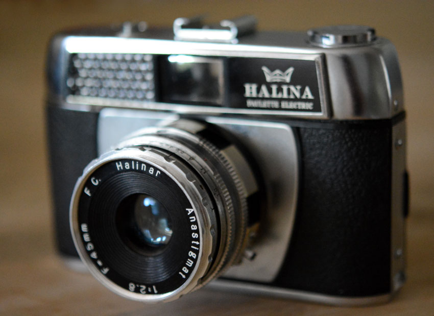 { Ange's first film camera }    { Originally purchased by her father as a gift to her mother for their honeymoon. That was 45 years ago & they're still happily married }