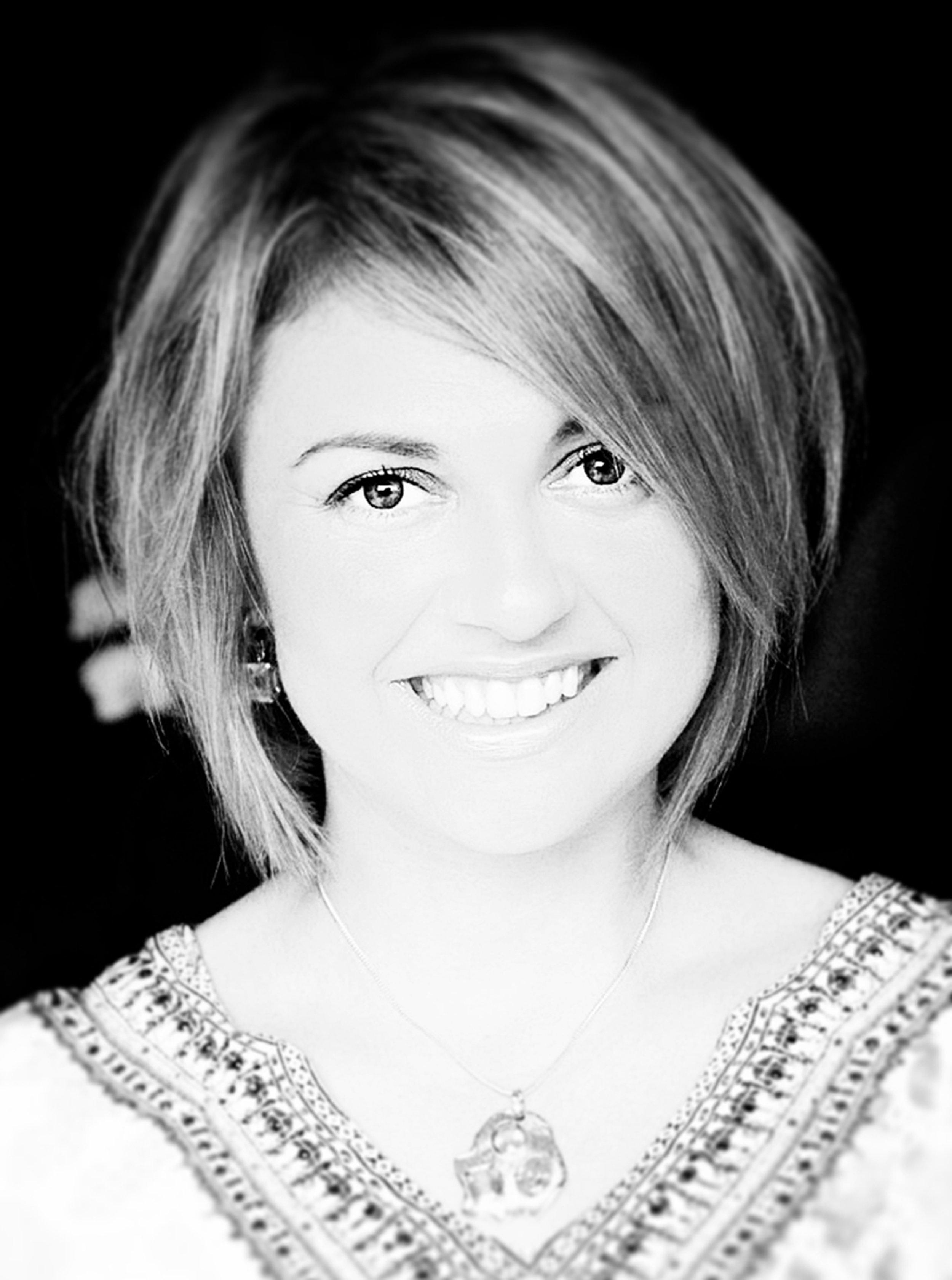 Angela-Nicholson-Photography-Headshot-Package-B&W.jpg
