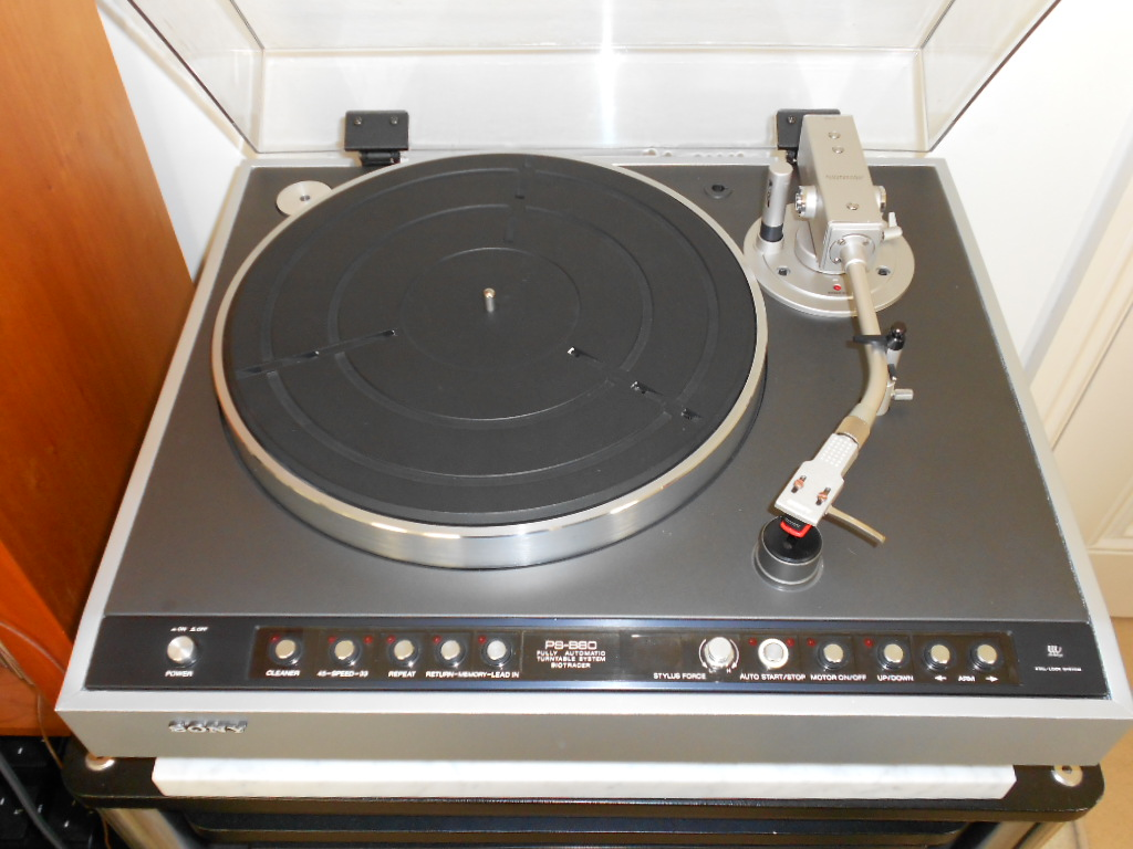 Sony PS-B80 Biotracer turntable.