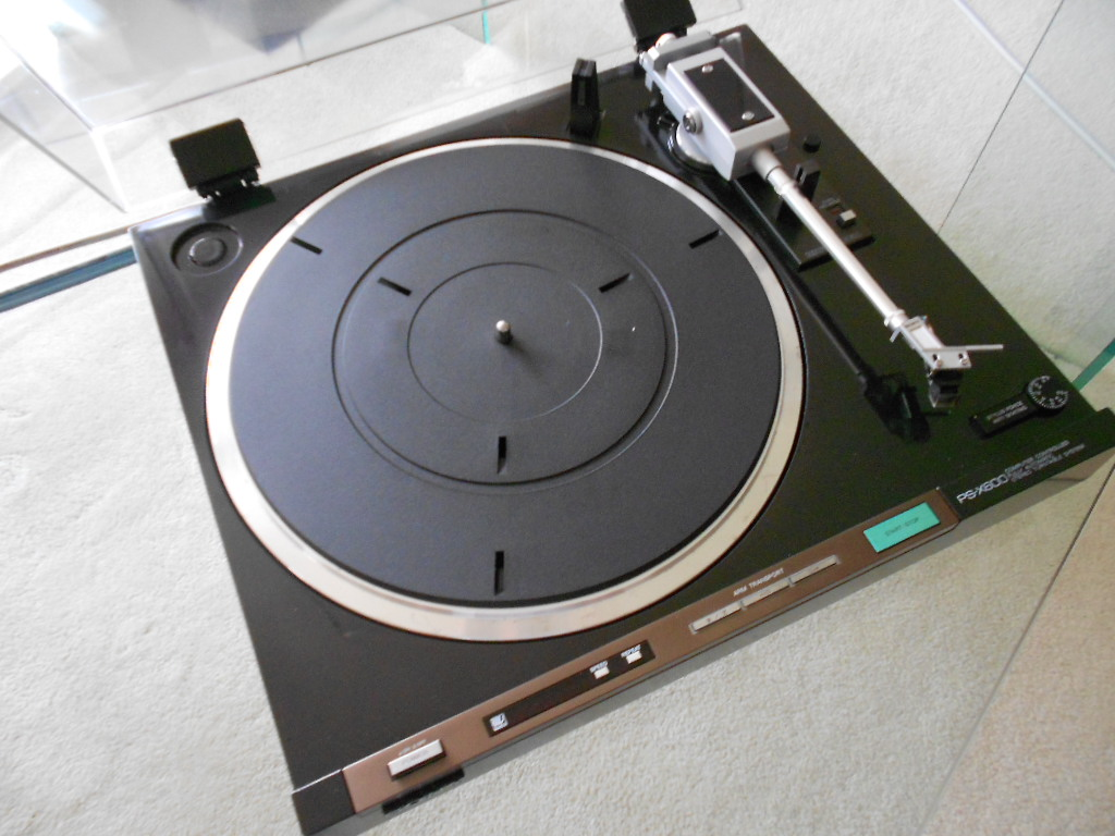 Sony PS-X600 Biotracer turntable.