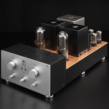 A Kondo (formerly Audio Note, Japan) Ongaku single-ended amplifier. It utilizes the Triode 211, a valve originally intended for use in transmitters!