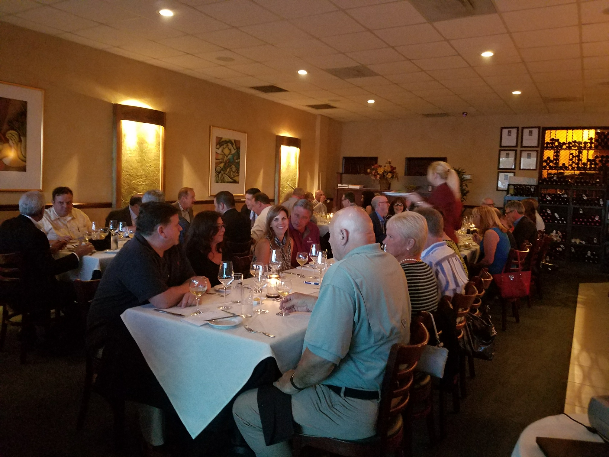 Massimo's Eclectic Fine Dining of Palm Harbor hosted a lovely dinner to raise monies for the 11th Annual Rap River Run.