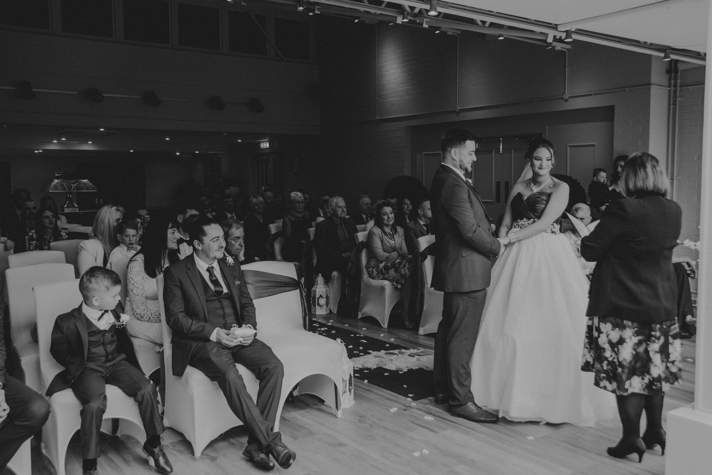 Cheshire wedding photographer knutford wedding photographer wedding photographer northwest wedding photographer edinburgh wedding photographer award winning wedding photographer (1 of 1).jpg