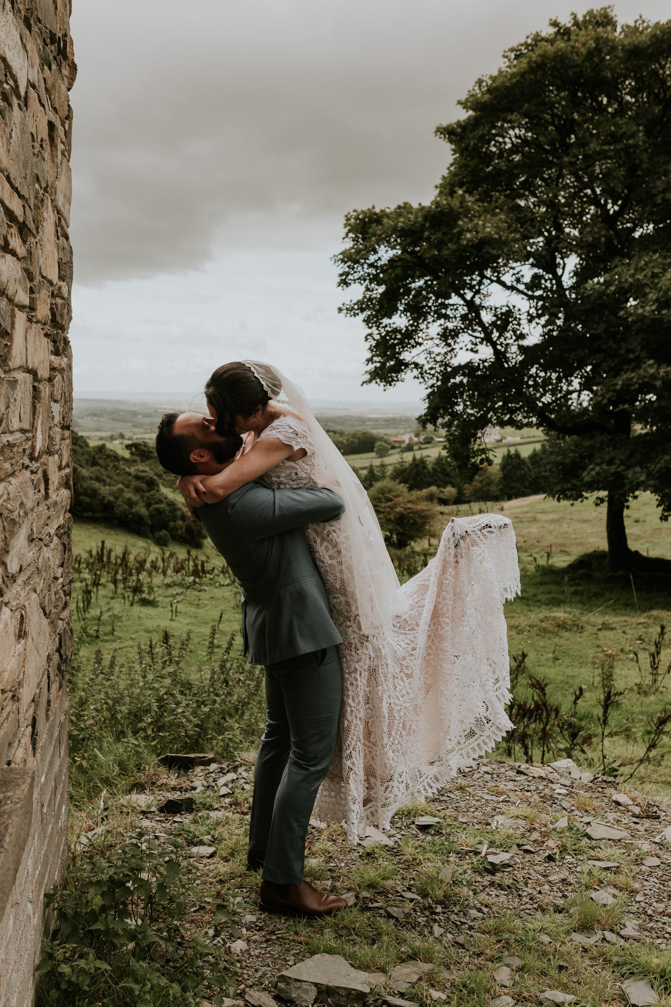 Jamie&Steve_Ireland_KristieCarrickPhotography_SCREEN-656.jpg