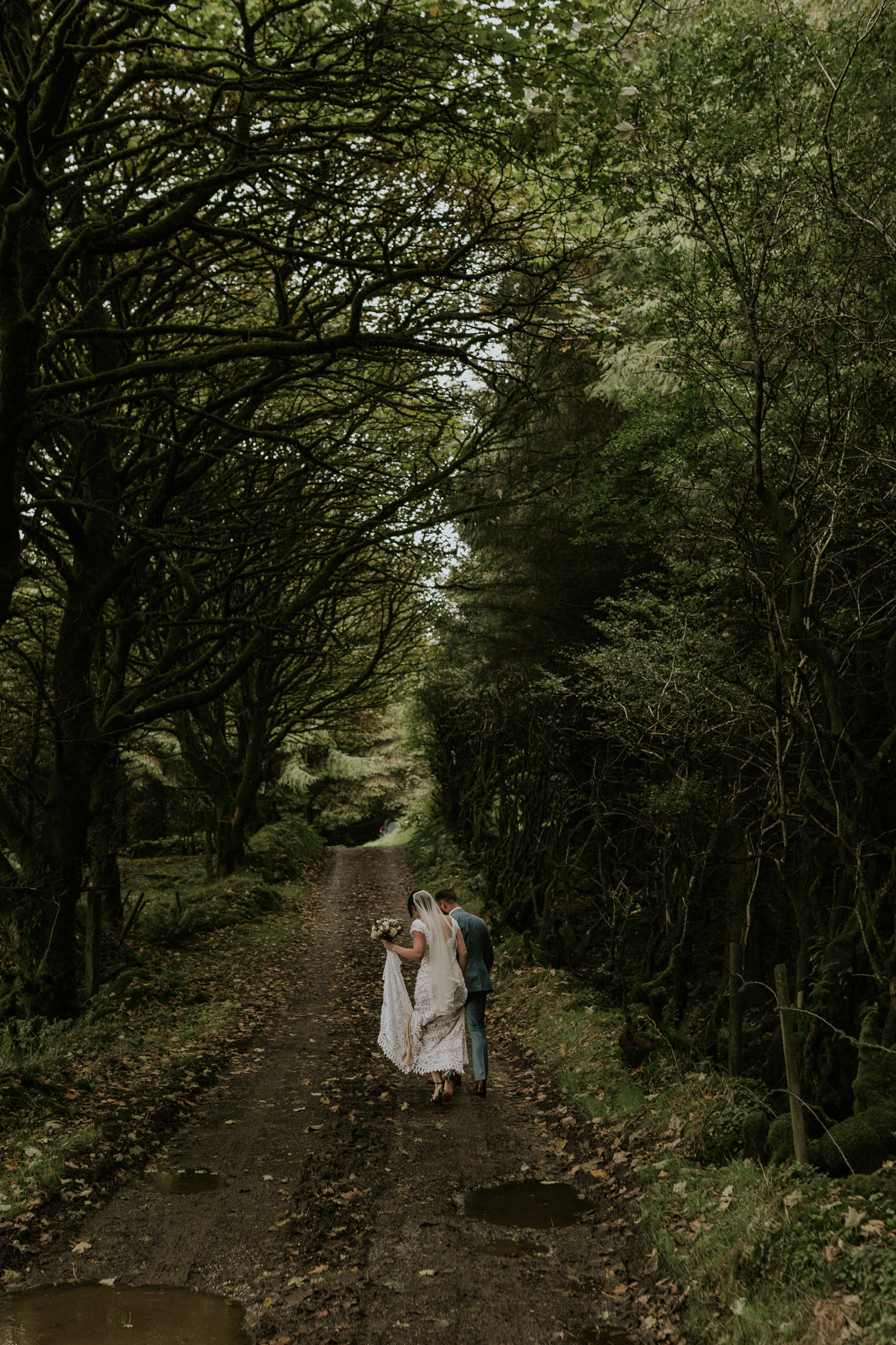 Jamie&Steve_Ireland_KristieCarrickPhotography_SCREEN-686.jpg