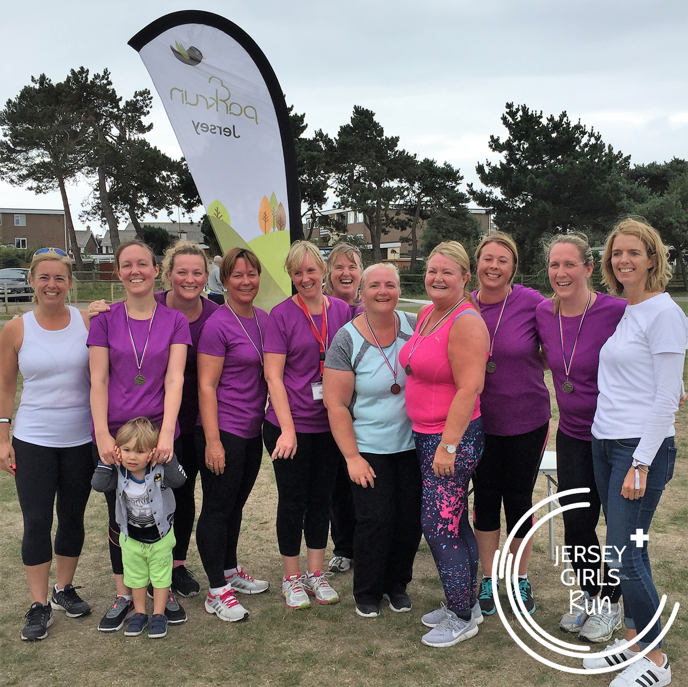 15 JULY 2017 - Team Aspire head to parkrun - CONGRATULATIONS to teams Team Aspire who completed their nine week C25K program with JERSEY GIRLS and headed to Jersey's parkrun to run their 5k.The group started off the program in the middle of May and immediately bonded, often meeting up to do their weekend runs together to provide additional support to each other.  As well as the ladies pictured, we had a further two ladies withing the group completing their 5km.