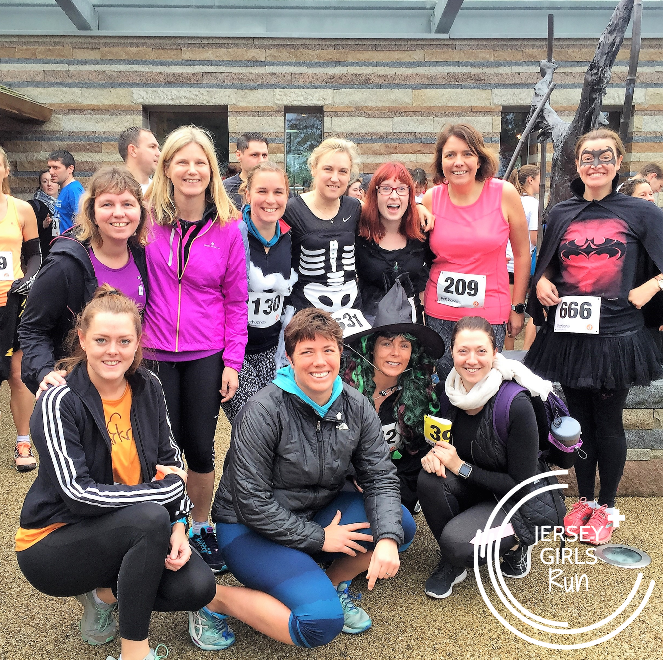 29 OCTOBER 2017 - 13k Durrell Dash - Some JERSEY GIRLS stepped up to the challenging 13k Durrell Dash route which is now in it's 10th year.  There are plenty of hills on this route to work the legs and lungs but the hill training some of the girls had been doing the past week certainly paid off.  Extra kudos to those that ran in Halloween fancy dress!
