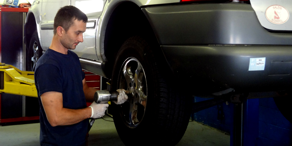 We are an independent car maintenance shop on Long Island, Serving Queens, Nassau county, Suffolk County and Queens