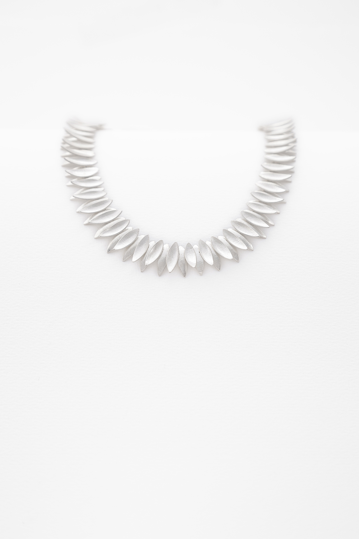 petal necklace.jpg