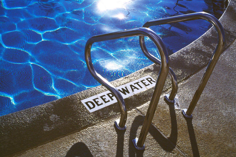 deep water  maui / hawaii   buy here