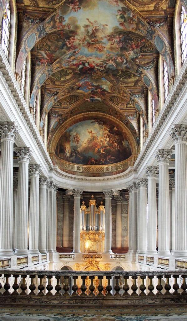 Versailles-Hallway-598x1024.jpg
