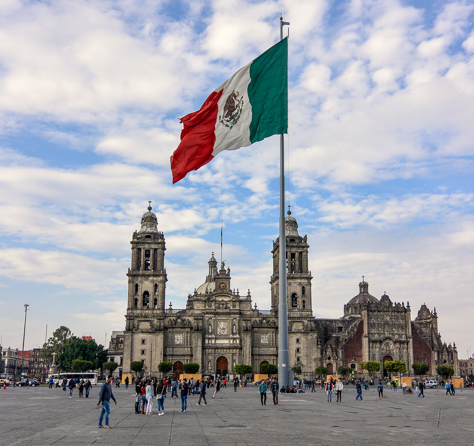 The Best things to do in Mexico City - Zocalo