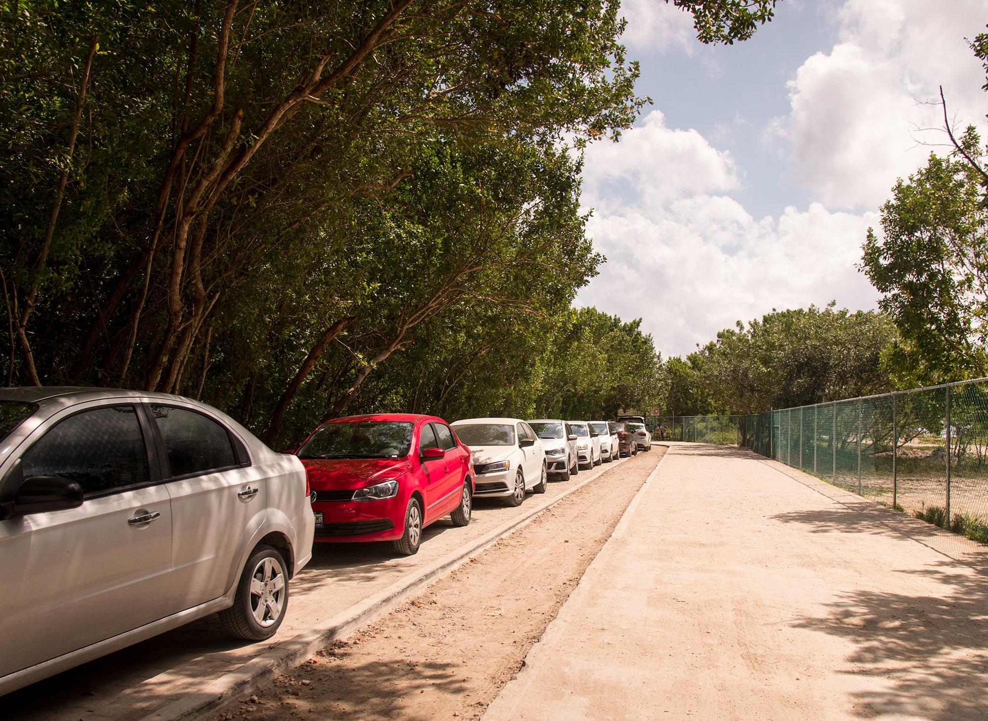 Parking at Playa Esmeralda