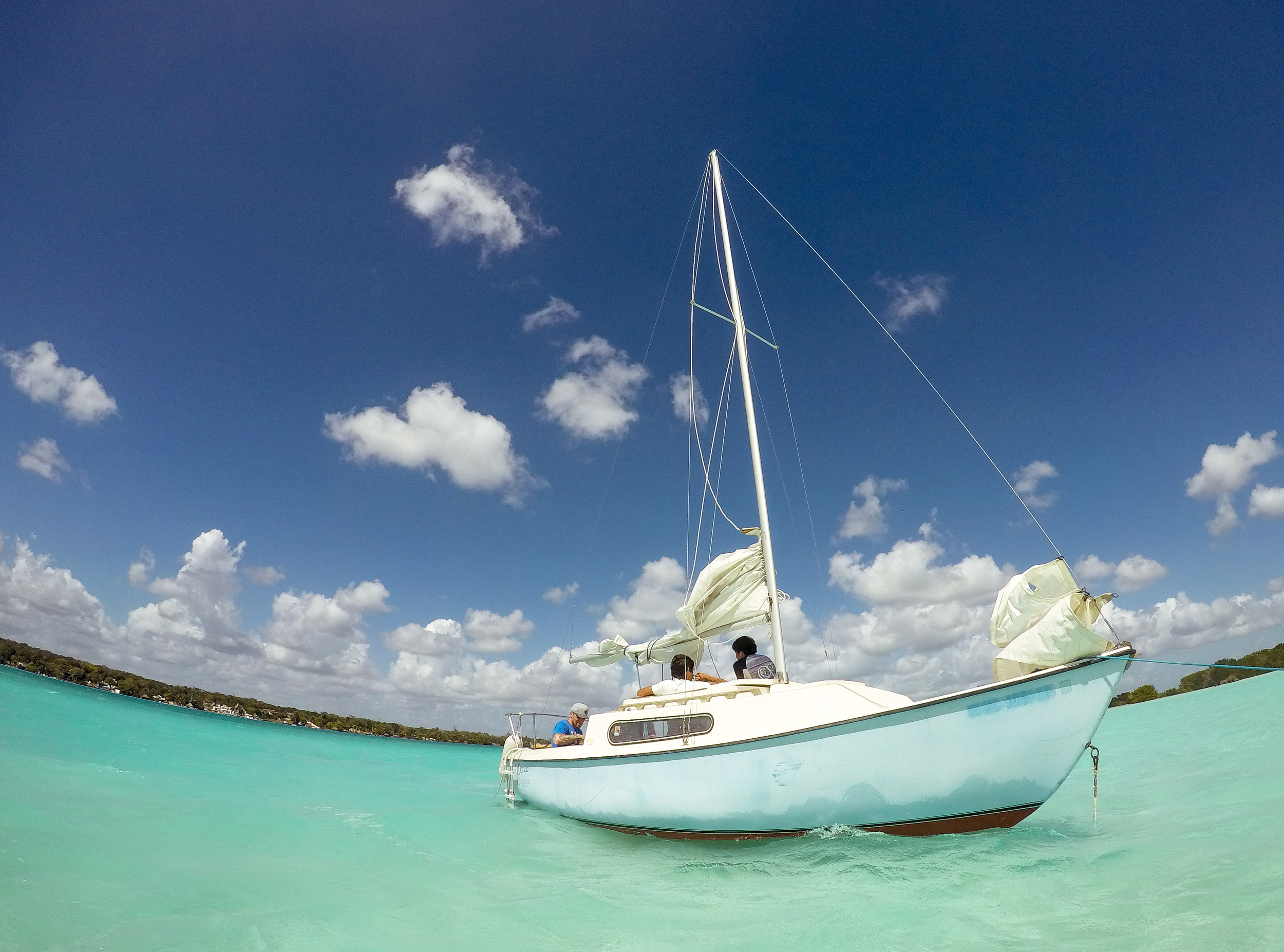 Sailing Tours in Bacalar, Mexico