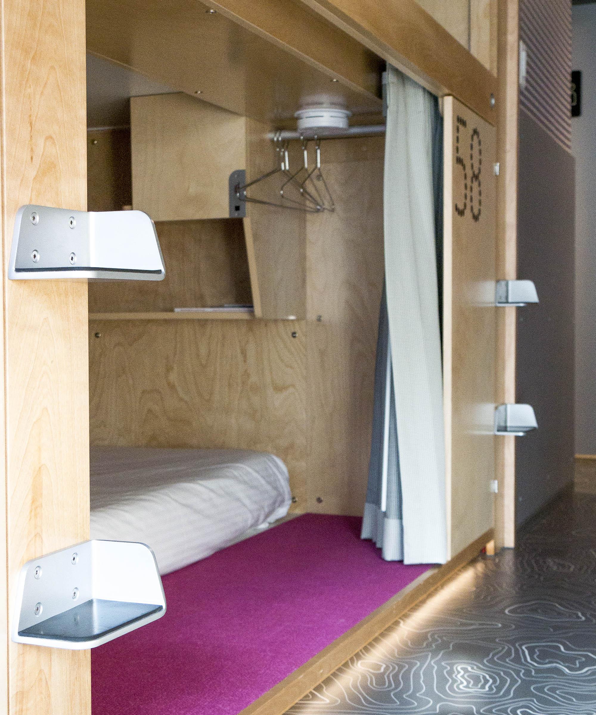 Pangea Pod Hotel - Budget Accommodation in Whistler Village