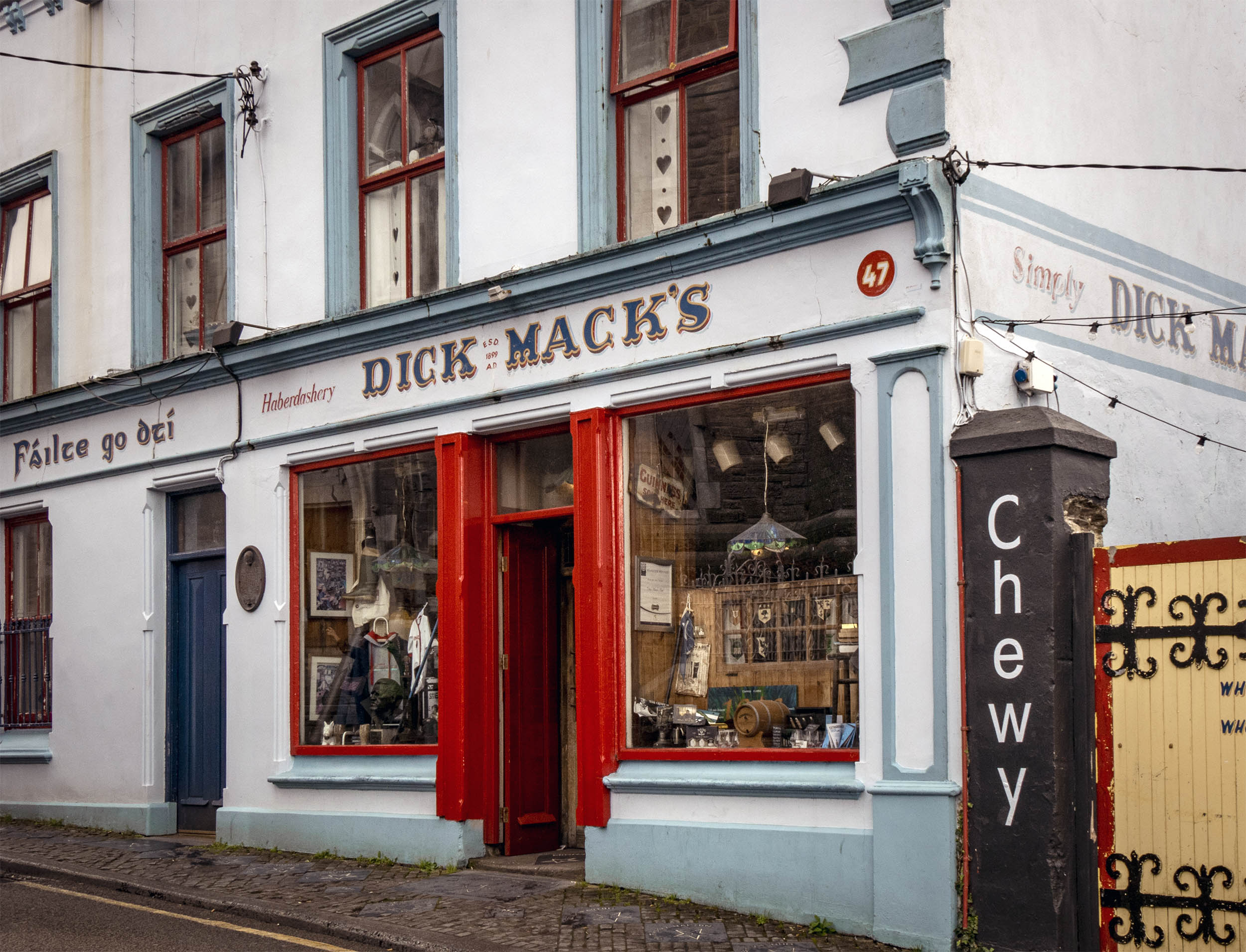 Top Pubs in Dingle, Ireland