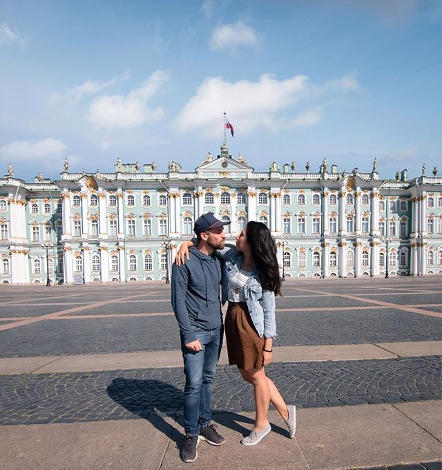 Hello from Russia!  It's been a while since we posted here but it feels SO good to be exploring new places again and sharing our adventures with you 🤗  We're starting our month in Russia here in St. Petersburg which is quickly proving to be one of the most beautiful cities we've ever been to. These first few days have been memorable already and we can't wait to see what lies ahead on these adventures through Russia 🇷🇺 Also, @holawes turns 31 today!! (And we would have kissed in this pic if it weren't for Fel's cold 🤧) . . . #featherandthewind #fromrussiawithlove #stpetersburg #hermitage #russia #creativetravelcouples #travelcouple #iamtb #letsgetlost #worlderlust #followmytravel #travelbloggers #travelwithlove #traveldeeper #adventureawaits #intravelist #lifewelltravelled #instapassport