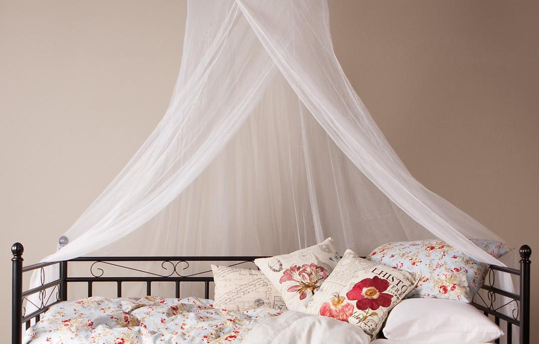 stefania-mosquito-net.jpg