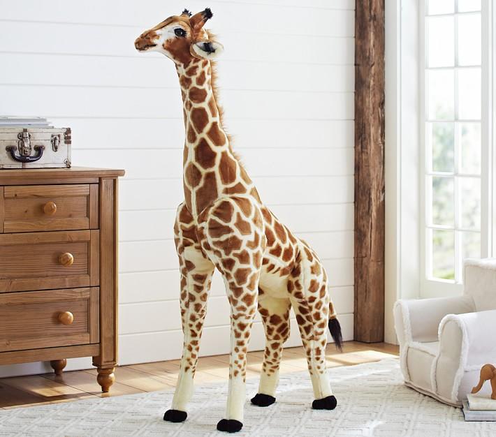 jumbo-giraffe-plush-o.jpg