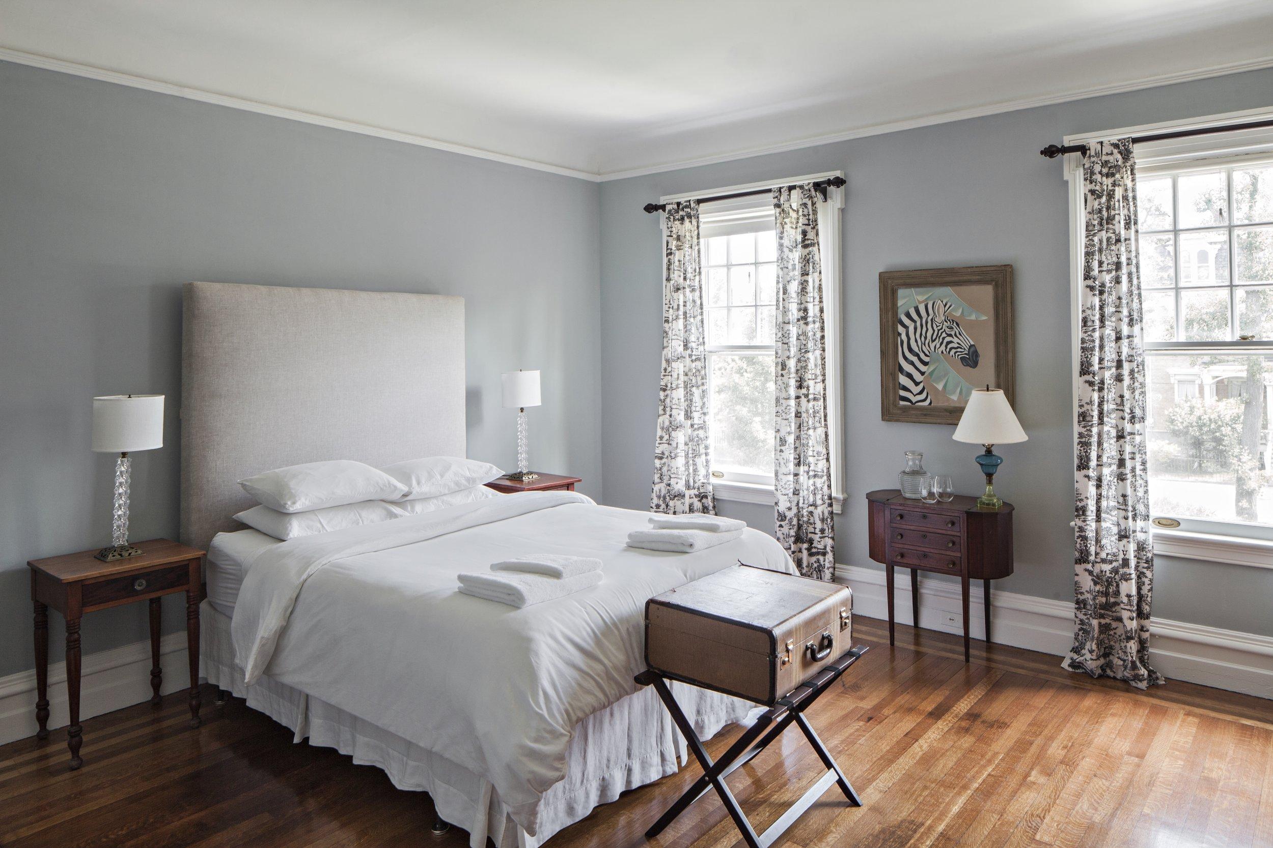 blue room small.jpg