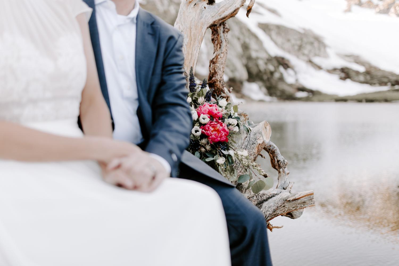 simple colorado elopement-5.jpg
