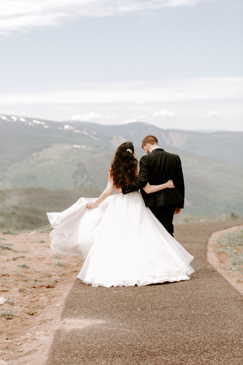 bride + groom couples photography vail luxury wedding colorado rocky moutain elopement-2.jpg