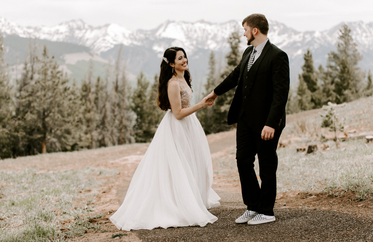 bride + groom couples photography vail luxury wedding colorado rocky moutain elopement-12.jpg