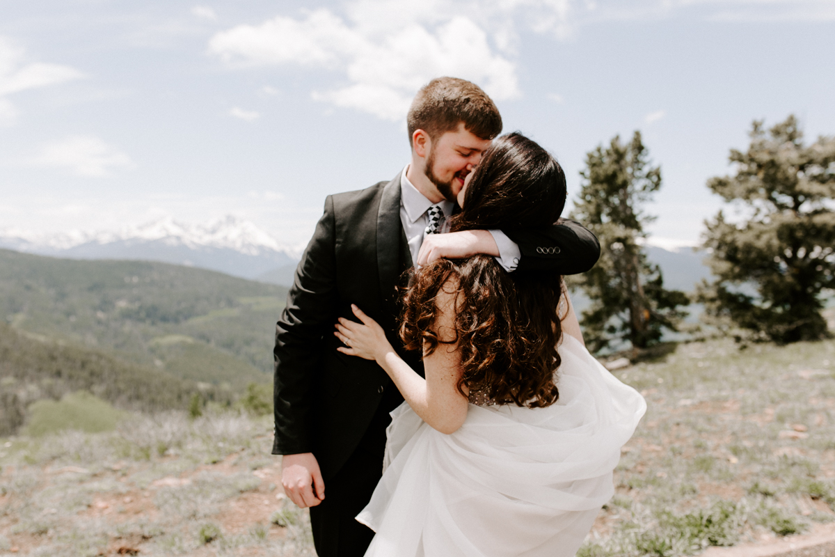 bride + groom couples photography vail luxury wedding colorado rocky moutain elopement-17.jpg