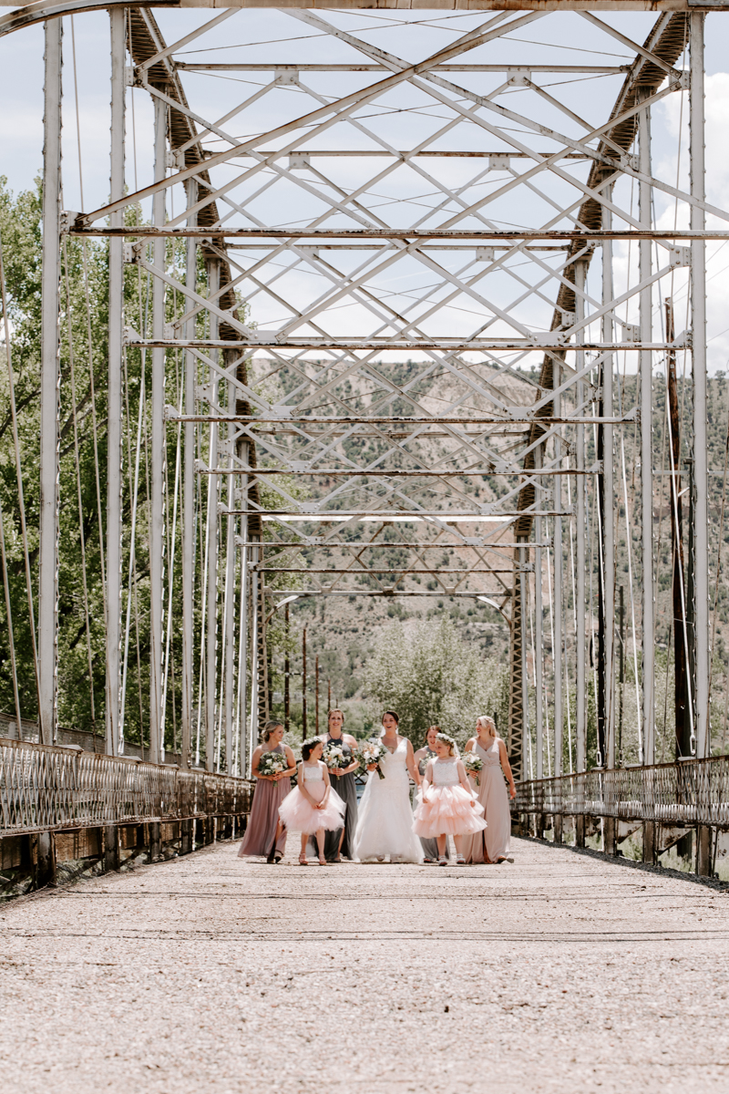 bride party at rifle bridge wedding photography and photographer western slope colorado diana coulter photography-2.jpg