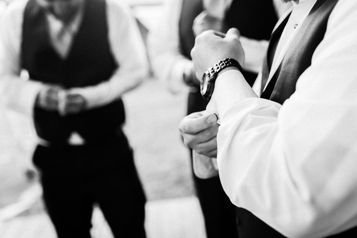 grrom and groomsman getting ready coulter lake ranch in riflewestern slope wedding photographer colorado diana coulter photography-4.jpg