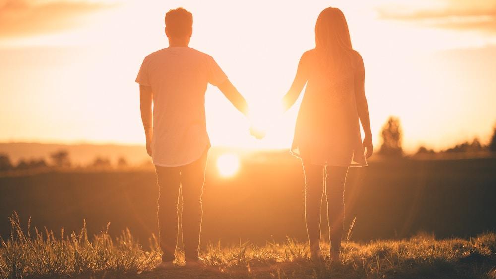 love_peaceful_couple_love_pic.jpg